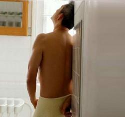 Tiểu buốt ở nam giới - những điều cần lưu ý