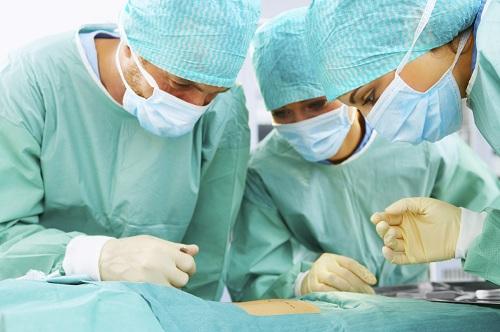 điều trị tràn dịch màng tinh hoàn 2